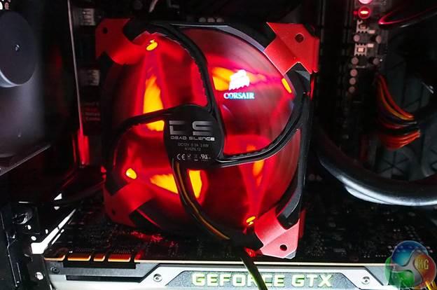The Aerocool DS Dead Silence 140mm fan in operation