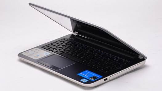 Like the name suggests, the 5421 Touch is also one of the Dell's first common laptops that features capacitive touchscreen.
