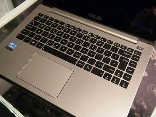 The keyboard on this wide VivoBook is nicely laid out and really comfortable to use, with the trackpad following suit.