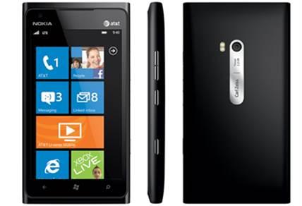 Description: Nokia Lumia 900