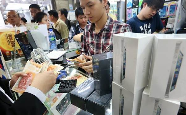Buying an iPhone 5 has not been the easiest of tasks for some